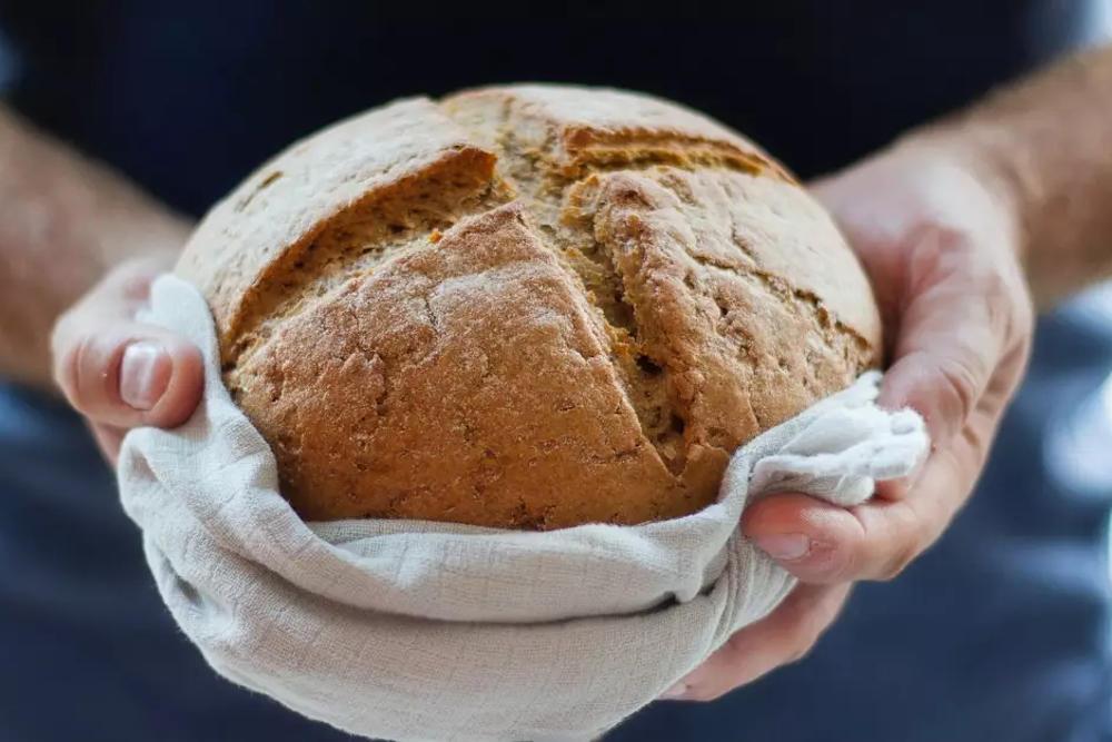 """""""I Am the Bread of Life."""" — John 6:35"""